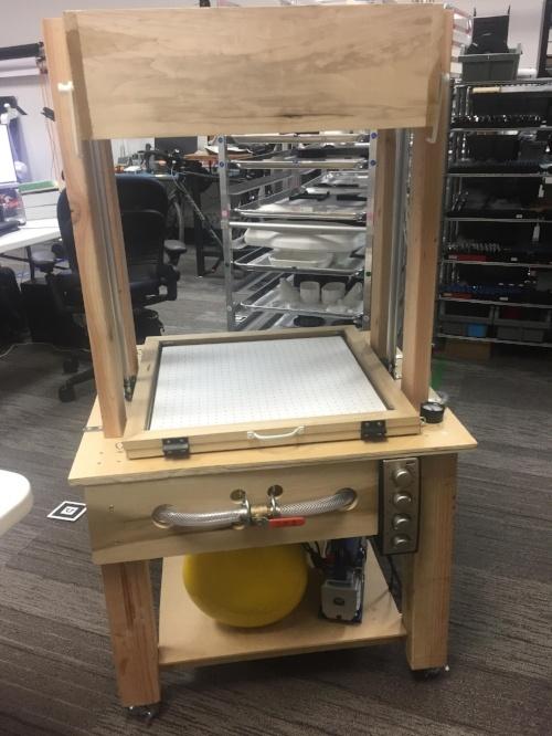 OhmniLabs vacuum forming machine